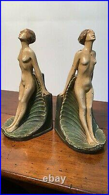 A Fantastic Vintage Pair Of Chalkware Naked Lady Bookends (C3)