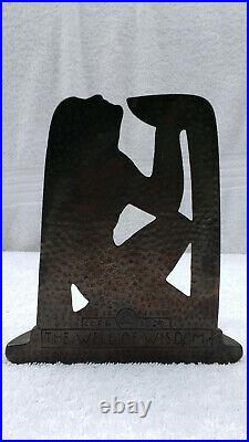 Vintage 1929 Rare Cast Iron The Well Of Wisdom Art Deco Bookend
