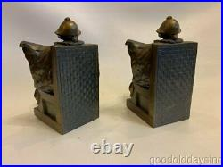 Vintage Metal Art Deco Jester Bookends Sculpture marion f. Short gift shop elgin